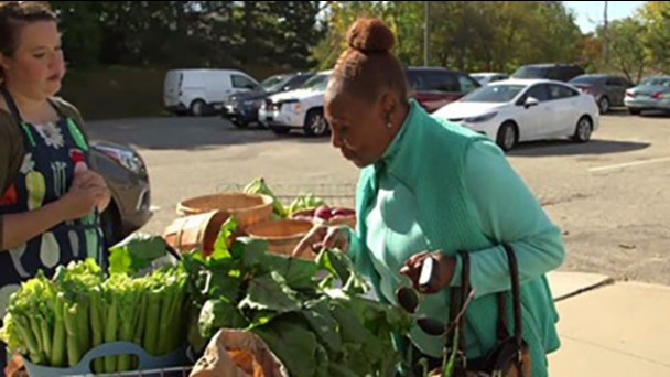 REACHing out in Pontiac: Working Together to Improve Food & Physical Activity Options